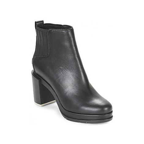 Sorel MARGO CHELSEA women's Low Ankle Boots in Black