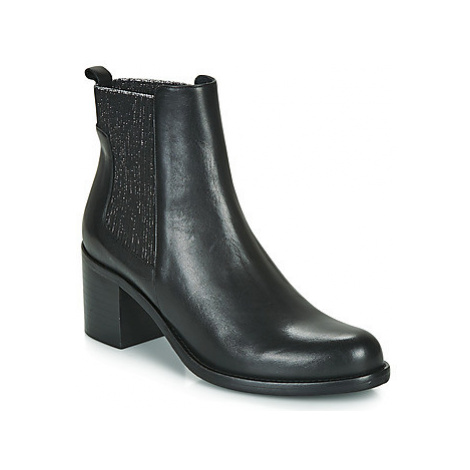 Myma PREATA women's Low Ankle Boots in Black