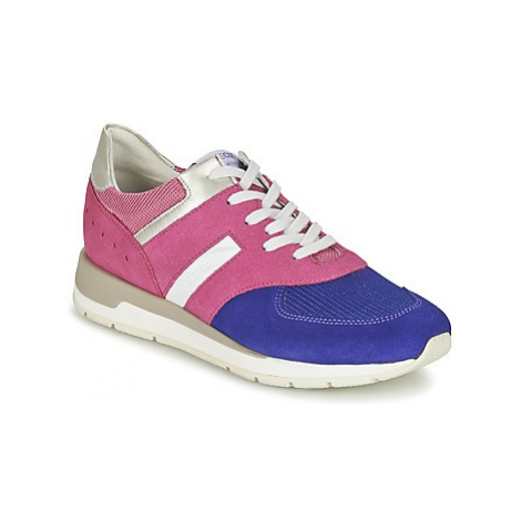 Geox SHAHIRA A women's Shoes (Trainers) in Pink
