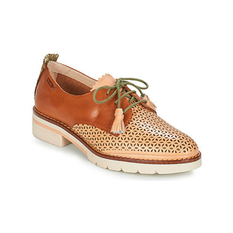 Pikolinos SITGES W7J women's Casual Shoes in Brown
