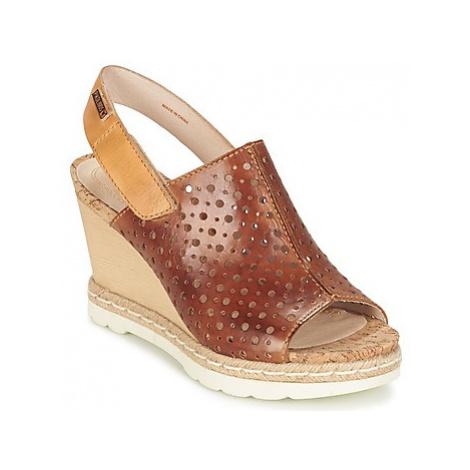 Pikolinos BALI W3L women's Sandals in Brown