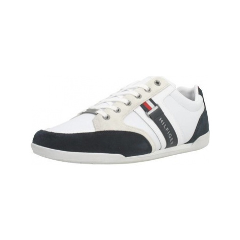 Tommy Hilfiger FM0FM02398 men's Shoes (Trainers) in White