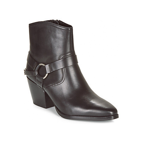MICHAEL Michael Kors GOLDIE BOOTIE women's Low Ankle Boots in Black