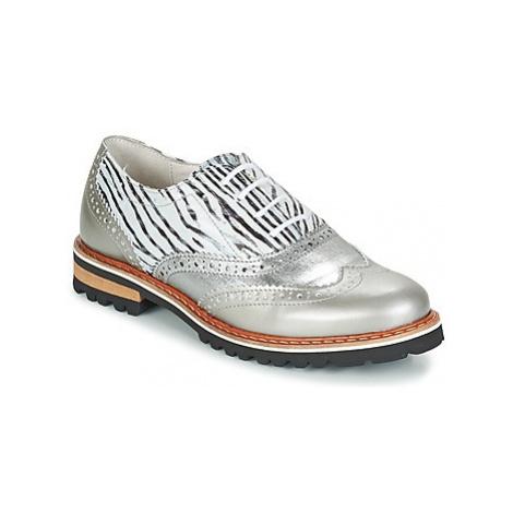 Regard ROAXA women's Casual Shoes in Silver