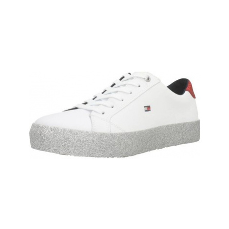 Tommy Hilfiger CORPORATE women's Shoes (Trainers) in White