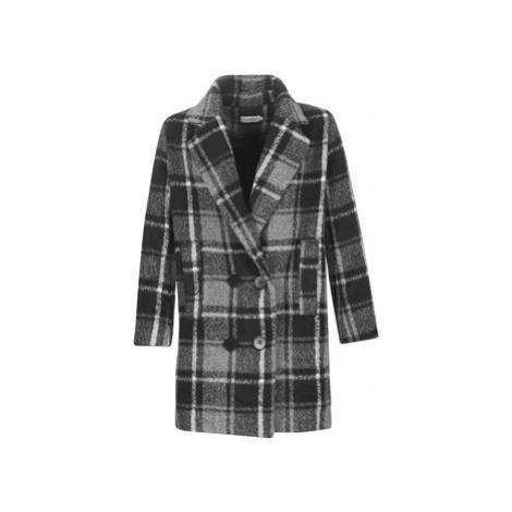 Molly Bracken PL132A21 women's Coat in Black