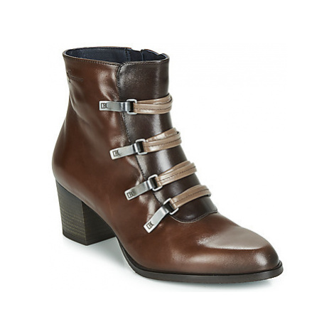 Dorking ZUMA women's Low Ankle Boots in Brown