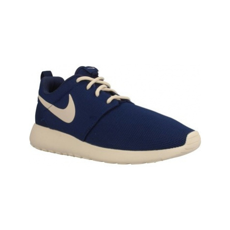 Nike ROSHE RUN women's Running Trainers in Blue