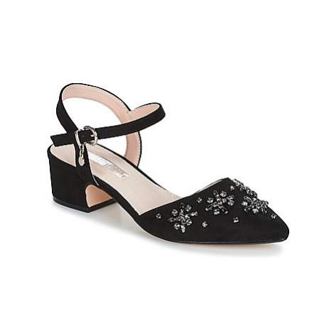 Xti AMALEV women's Court Shoes in Black