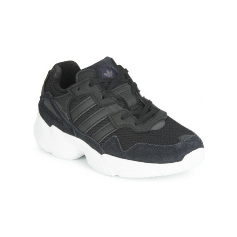 Adidas YUNG-96 C girls's Children's Shoes (Trainers) in Black