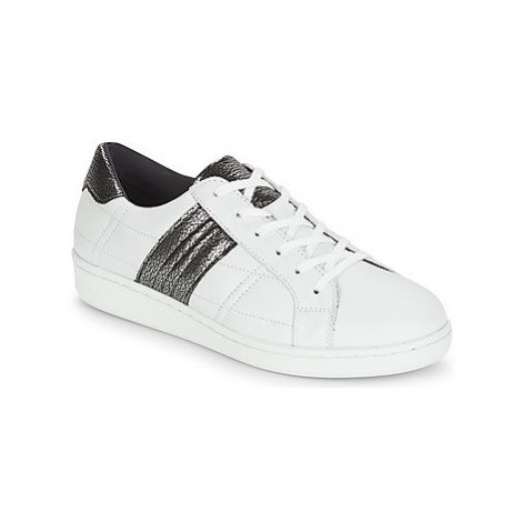 Ikks REKAN women's Shoes (Trainers) in White