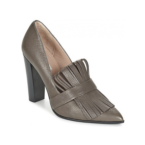 Paco Gil EMILIE women's Court Shoes in Brown