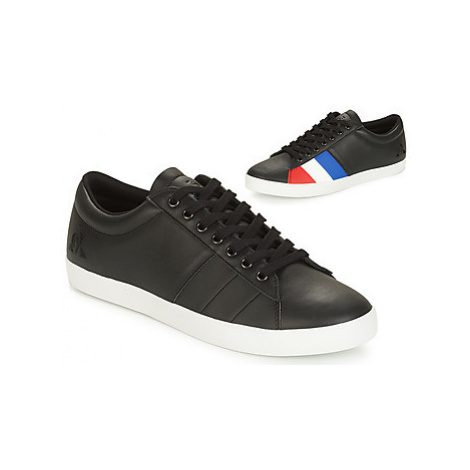 Le Coq Sportif FLAG men's Shoes (Trainers) in Black