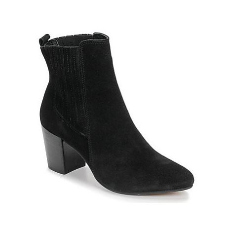 Bullboxer 348508E6C-BLCK women's Low Ankle Boots in Black