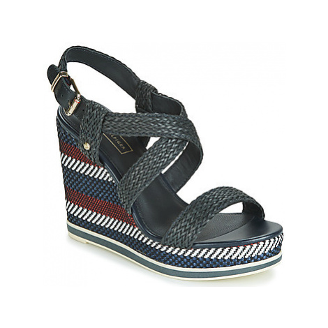 Tommy Hilfiger VANCOUVER 9Y women's Sandals in Blue
