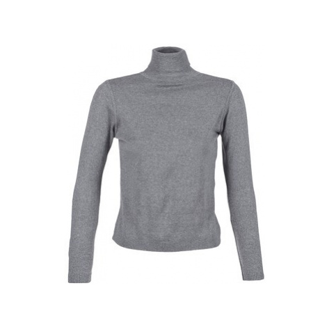 Women's classic sweaters BOTD
