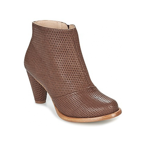 Neosens BEBA women's Low Ankle Boots in Brown
