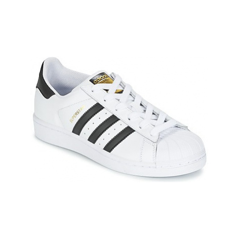 Adidas SUPERSTAR girls's Children's Shoes (Trainers) in White