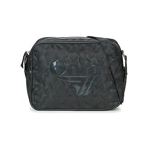 Gola REDFORD MILITARY men's Messenger bag in Black