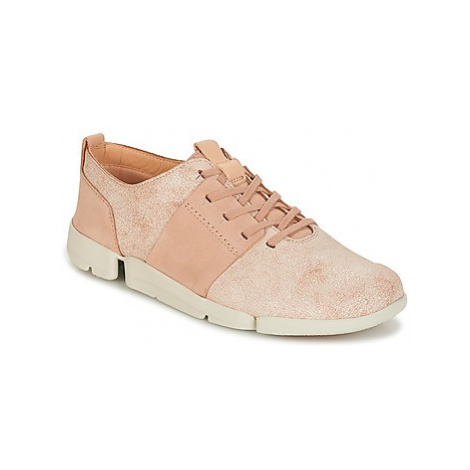 Clarks TRI CAITLIN women's Shoes (Trainers) in Pink