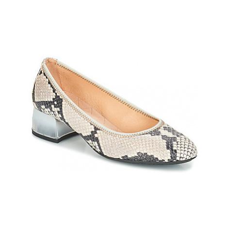 Hispanitas ANDROS-T women's Court Shoes in Beige