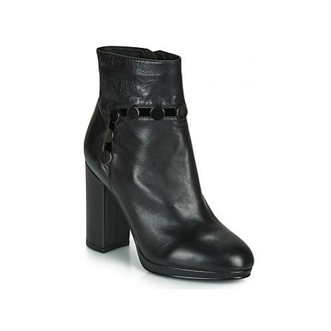 Café Noir GLORIA women's Low Ankle Boots in Black