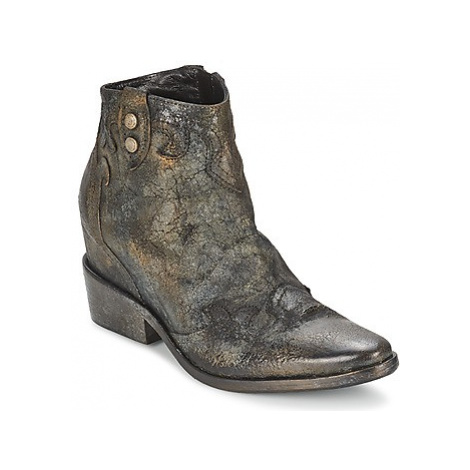 Strategia XIOT women's Low Ankle Boots in Grey