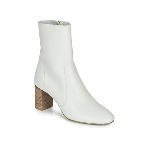 Jonak DIDLANEO women's Low Ankle Boots in White