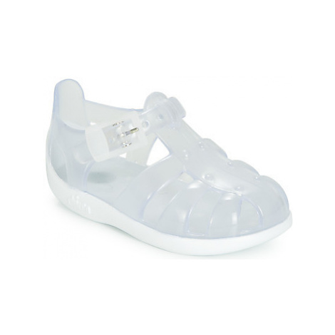 Chicco MANUEL girls's Children's Outdoor Shoes in White