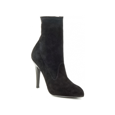Michael Kors STRETCH LB women's Low Ankle Boots in Black