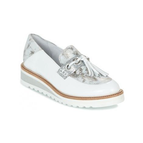 Regard RALARU women's Loafers / Casual Shoes in White