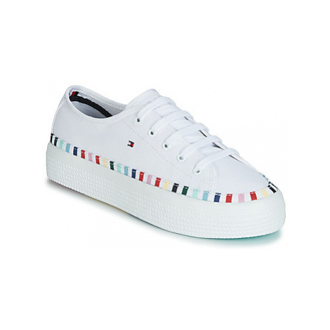 Tommy Hilfiger KELSEY 1D2 women's Shoes (Trainers) in White
