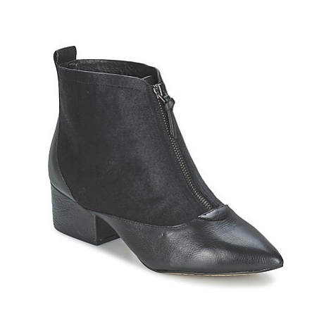 French Connection ROBREY women's Low Ankle Boots in Black