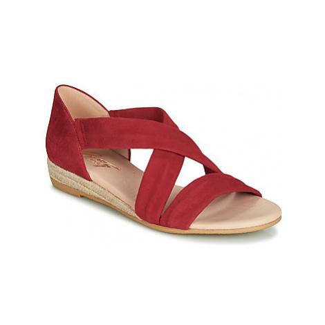 Betty London JISABEL women's Sandals in Red