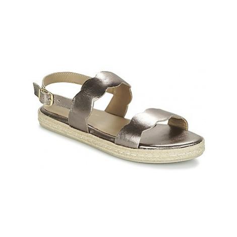 Betty London IKARO women's Sandals in Silver