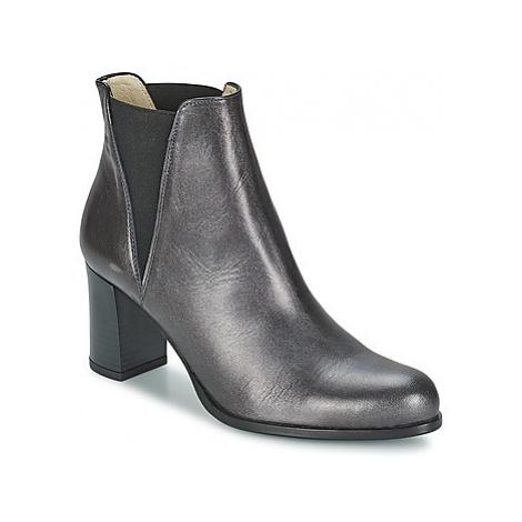 Women's Chelsea boots Betty London
