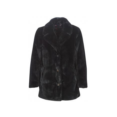 Oakwood USER women's Coat in Black
