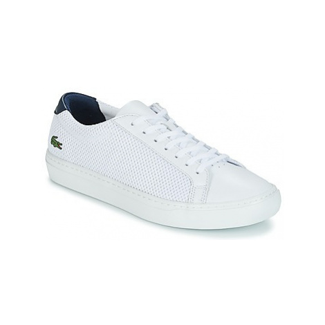 Lacoste L.12.12 LIGHT-WT 318 3 men's Shoes (Trainers) in White