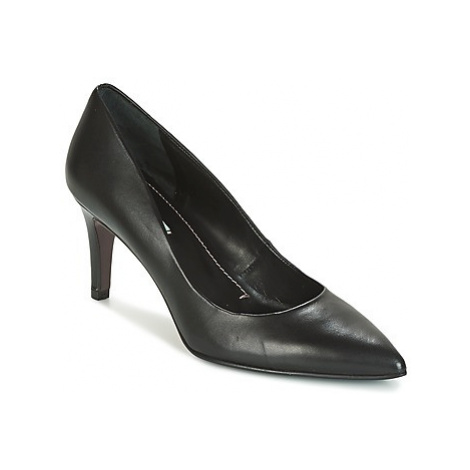 Paco Gil CLAIRE women's Court Shoes in Black