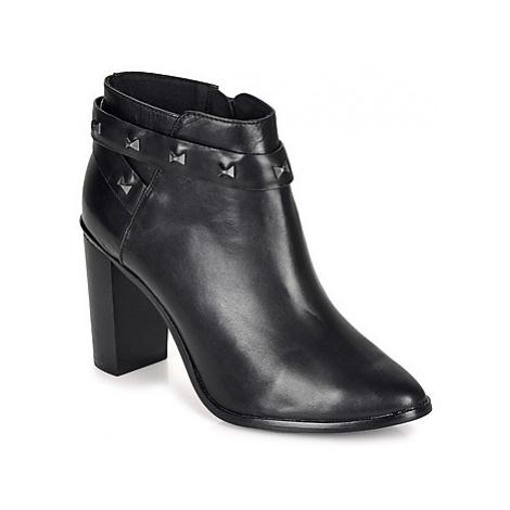 Ted Baker DOTTAA women's Low Ankle Boots in Black