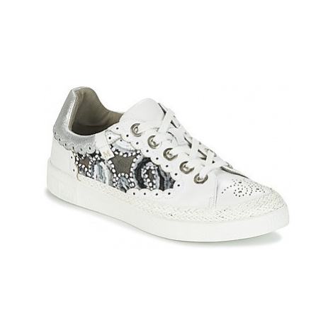 Mam'Zelle BOUTI women's Shoes (Trainers) in White