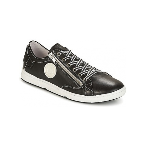 Pataugas JESTER-N-NOIR women's Shoes (Trainers) in Black
