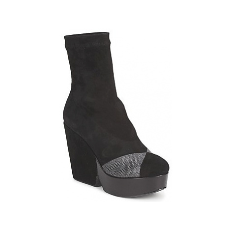 Robert Clergerie DINIE women's Low Ankle Boots in Black