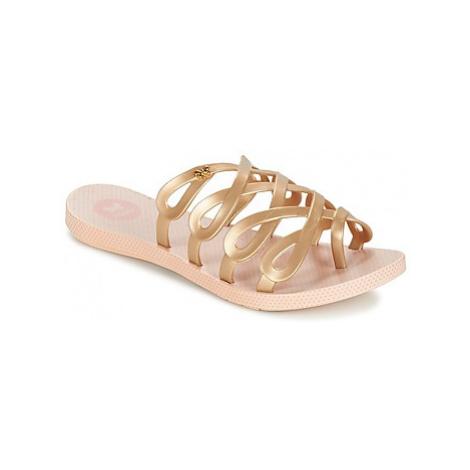 Zaxy INFINITY women's Flip flops / Sandals (Shoes) in Gold