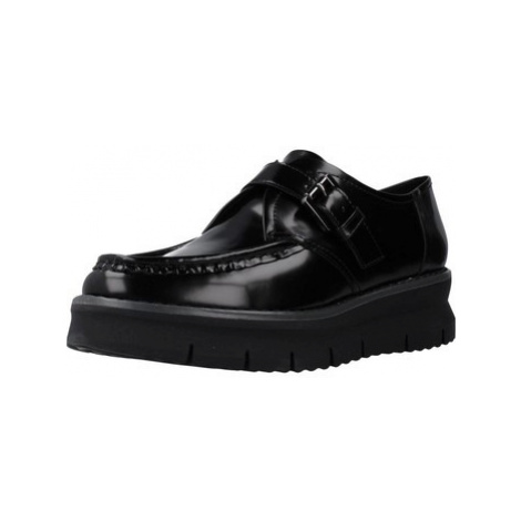 Geox D PORTHYA women's Casual Shoes in Black