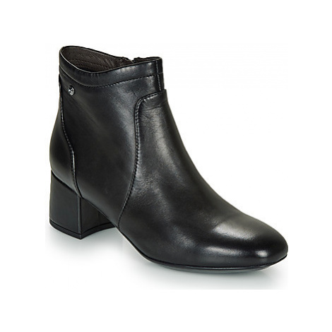 Stonefly LINDY 4 women's Low Ankle Boots in Black