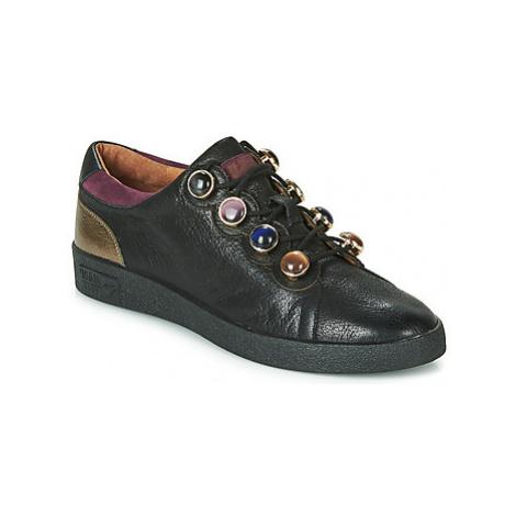 Mam'Zelle BULA women's Shoes (Trainers) in Black