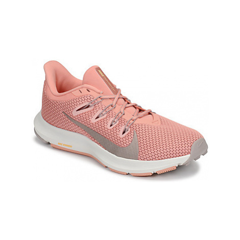 Nike QUEST 2 W women's Running Trainers in Pink