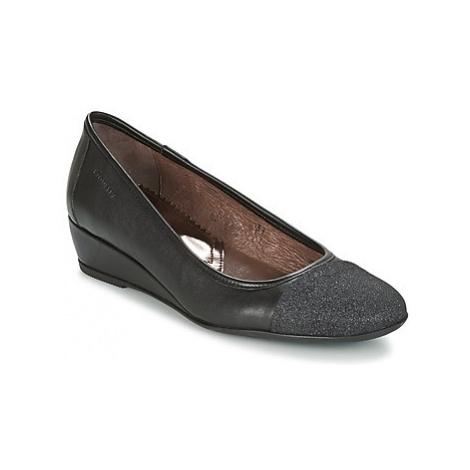 Stonefly MAGGIE II 3 BIS GL/N women's Court Shoes in Black