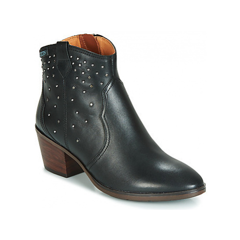 Pikolinos HUELMA W2Z women's Low Ankle Boots in Black
